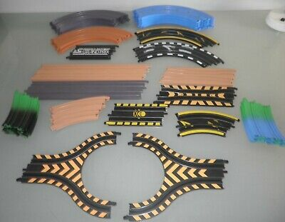 Micro Scalextric Track - 33 Pieces • 12.50£