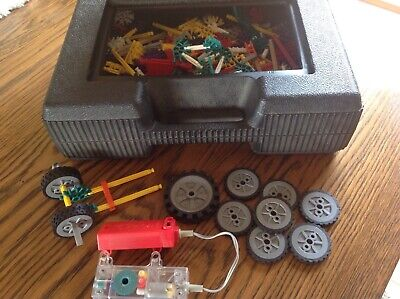 Large Collection Of Knex In Carrying Case • 10£