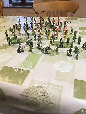Assorted Second World War Toy Soldiers • 3.90£
