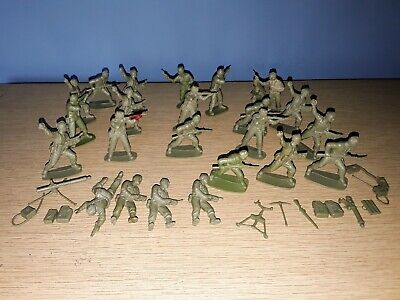 Joblot Vintage Plastic Toy Soldiers, Etc. Army Miliatry Various Positions • 1.99£