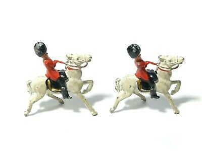 2 Guardsmen Lead Solider Toys Play Worn Fixed On Horseback #5 • 10£