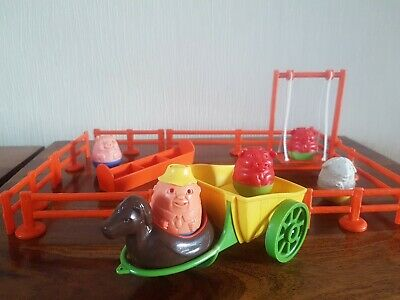 Vintage 1970's Airfix Farm Animals And Farmer Weeble • 20.99£