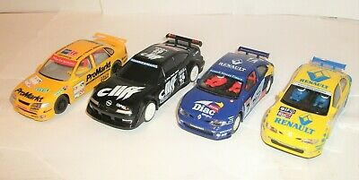 Scalextric Touring Cars X4 Renault Megane + Opel • 24£