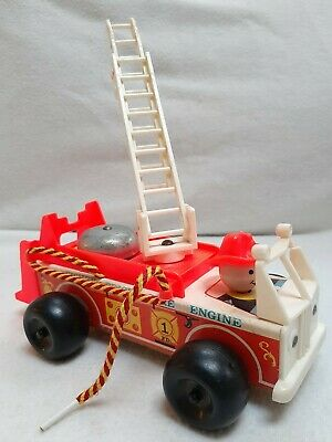 Fisher Price Wooden Plastic Fire Engine Fire Truck With Bell 1968 Vintage Toy  • 5.99£