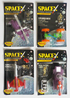 1970s HONG KONG PLASTIC TRI-ANG SPACEX SPACE-X GOLDEN ASTRONAUT SET OF FOUR MOC • 48£
