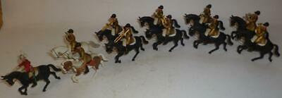 An Unboxed Set #7840 Of Britain's Herald Vintage Plastic Mounted Band Of Guards • 28£