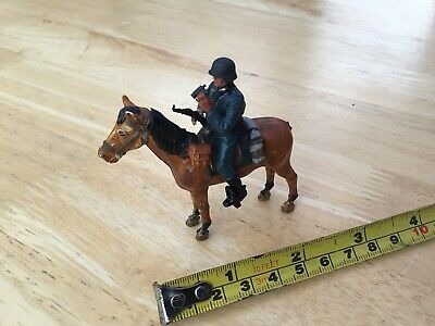 Army Military German Soldier On Horse • 3£