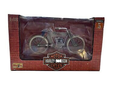 Harley Davidson 1:18 Series 5 Collectable • 10£