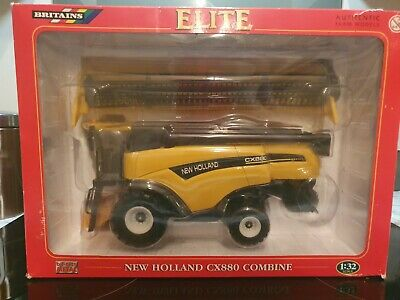 Britains New Holland Combine Harvester. • 10£