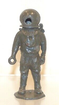 BG06 Crescent Toys Rare Deep Sea Diver (missing Its Head) But With Helmet  • 14.99£