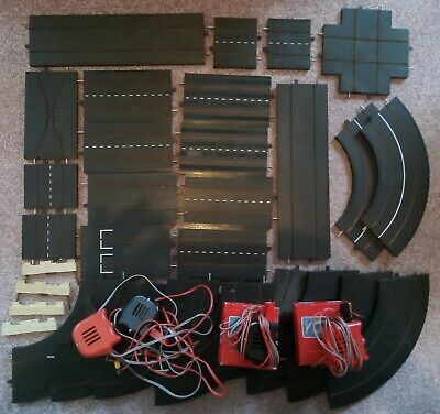 TRI-ANG MINIC MOTORWAYS ~ 26 X TRACK PIECES + 4 X HAND CONTROLLERS (2 BOXED)   • 10£