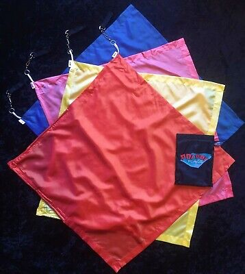 PoiPoi Satin Squares Flag Poi - Large Square Flags In Carry Bag • 19.95£