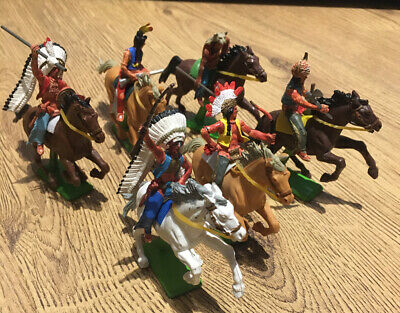 Britains Indians Mounted Set Of 6 • 46£