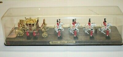 VINTAGE CRESCENT ROYAL STATE COACH GEORGE III  8 HORSES & GUARDS 1/64 Scale • 12£