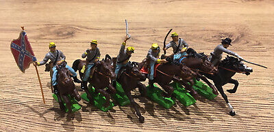 Britains Deetail ACW Confederate Cavalry Soldiers Set Of Six With Curved Stands  • 85£