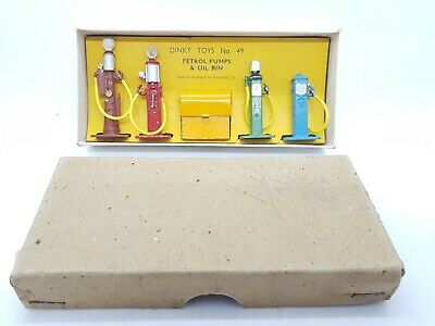 Dinky Toys 1930's Petrol Pumps And Oil Bin No: 49 Excellent Boxed Complete NMIB • 135£