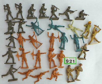 G921  Job Lot Of Crescent, Cherilea And Other Plastic Figures Mixed • 15£