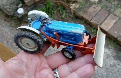 1960/70s Britains Diecast Blue Fordson Tractor With Front Plough  • 23£