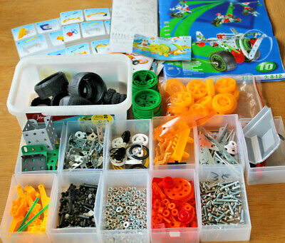Meccano  Set With Over 600 Pieces And Instructions  • 25£