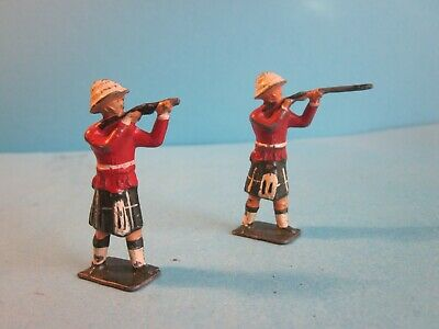 Vintage Charbens Painted Lead 2 X Scotts Guards With Rifles. Fair Condition • 2.50£