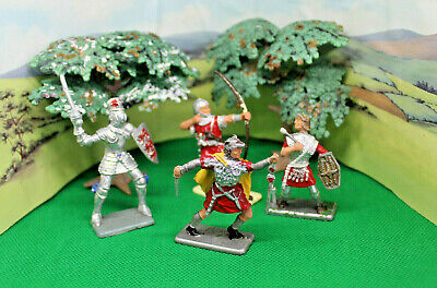 Crescent King Knight Bowman And 2 Roman Soldiers • 7.99£