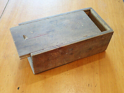 Wooden Box With Sliding Lid, Games Pieces, Chess, Draughts Etc • 7£