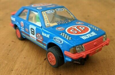Scalextric Ford Escort Xr3i STP Blue 9 - New Tires + New Braids • 14£