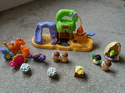 Fisher Price Little People Dinosaur Toys • 7.50£