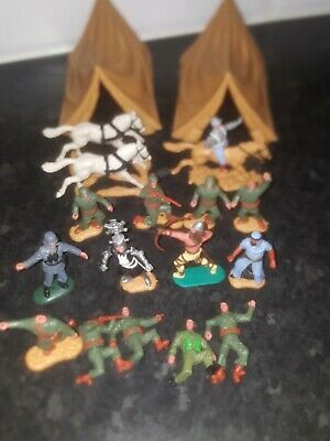 Timpo Plastic Toy Soldiers • 10.30£