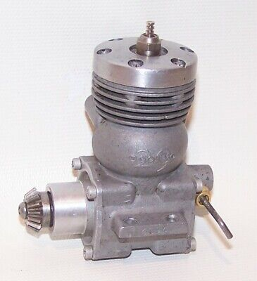 Vintage 1949 Dooling .29 Mite Gas Powered Tether Car Engine W/Pinion Gear • 78.86£