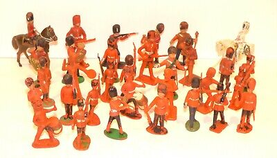 PS10 Lot Of Plastic British Guards. Britains, Charbens, Crescent, Unknown Makes • 9.99£