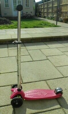 Girls Pink Maxi Micro Scooter Three Wheeled • 10£
