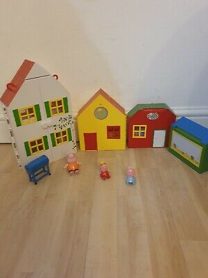 Peppa Pig Holiday Village Playset Imaginative Play Figurines Pre School • 20.99£