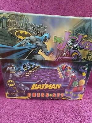 Batman Chess Set From Noble Collection Brand New And Sealed  • 55£