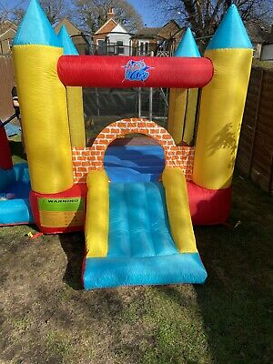 Bouncy Castle With Slide Ball Pit And Hoop • 79£