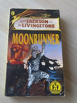 FIGHTING FANTASY No.48 : MOONRUNNER (Puffin; 1st Edition)  NUMBER ON SPINE ONLY! • 30£