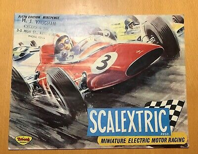 Scalextric Catalogue 5th Edition From 1964 • 8£