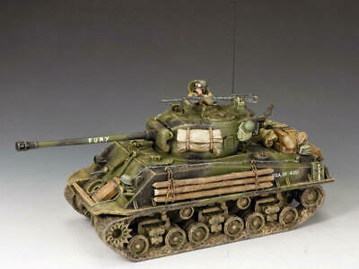 KING AND COUNTRY Fury Sherman Tank WW2 DD279 • 239.95£