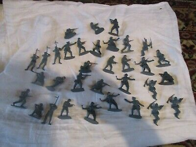 Job Lot Assorted Airfix Vintage Plastic Soldiers German Some Partially Painted • 5£