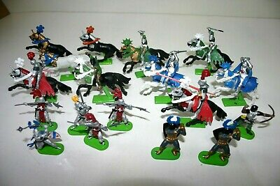 Britains Knights / Crusaders - Metal Base Figures & Horses - Toy Soldiers • 4.99£