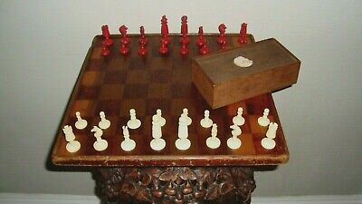 ANTIQUE BOVINE BONE CARVED CHESS SET COMPLETE RED/WHITE MID 19th CENTURY • 79.99£