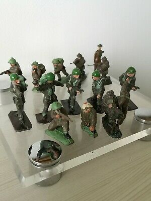 Vintage Job Lot Of Military Toy Soldiers • 0.99£