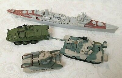 Military 3x Battle Tanks 1x Navy Ships Model Figures Play Toy Diecast T6976 F244 • 6.99£