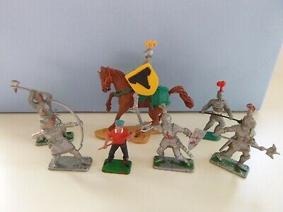 Vintage Crescent Plastic Medieval Knights In Armour & Farm Hand • 1.99£