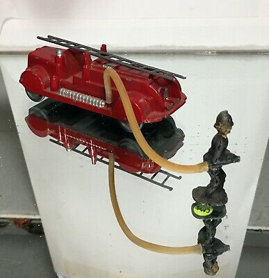 Gaiety Toys Fire Engine With Hose And Fireman • 28£
