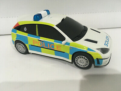MINT Scalextric Ford Focus Police Car With FLASHING LIGHTS & SIREN C2488 • 28£