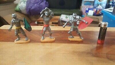 Cherilea Swoppet Knights Toy Soldiers. • 2£