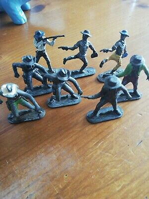Job Lot Of 8 Lead Lone Star Cowboys Toy Figures • 5£