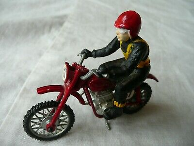 Metal Dirt Track Rider On Motorcycle - Britains Type • 2.28£