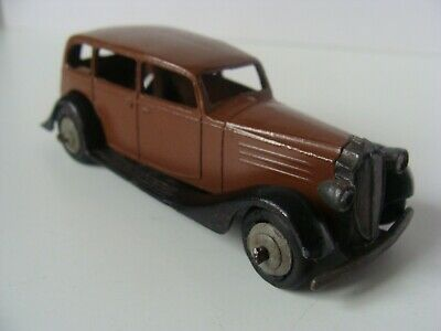 DINKY TOYS VAUXHALL CAR No 30D - US/CANADA EXPORT • 3.20£